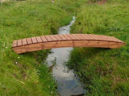 Regatta Curved Garden Bridge