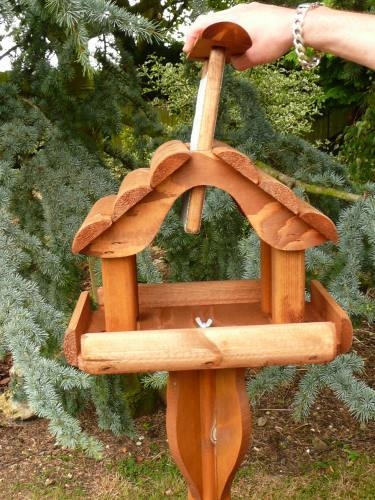 Small Abbey Bird Table